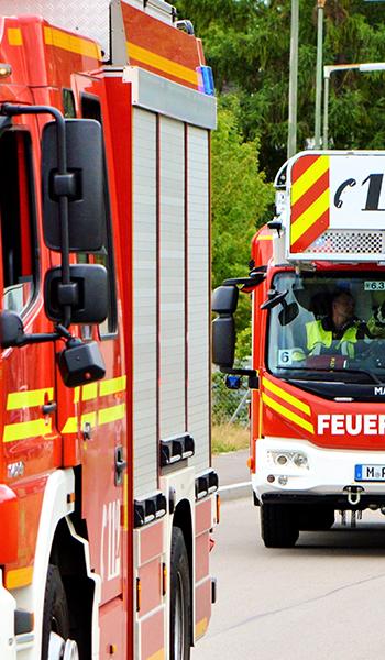 Feuerwehrauto Feuerwehr Löschzug Leiterwagen Berufsfeuerwehr München Wach 6
